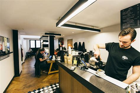 Find the Perfect Work-Friendly Cafe