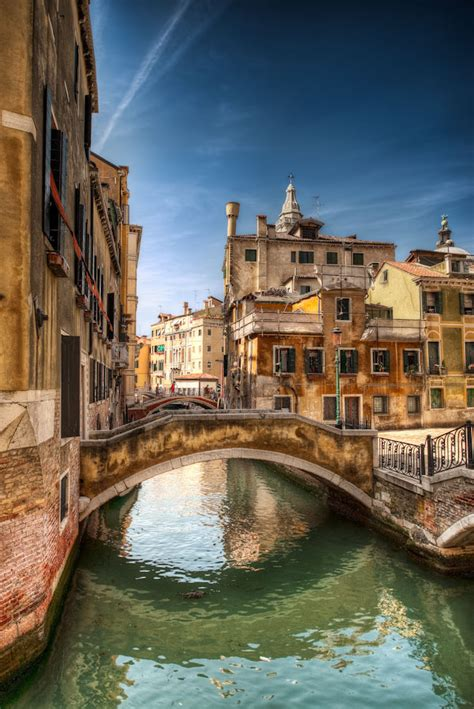 HDR Photography Tutorial & Blog - Venice, Italy - Light Of